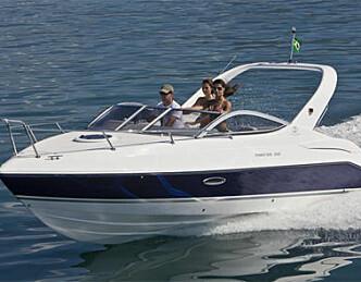 Familiebåt med sambasus