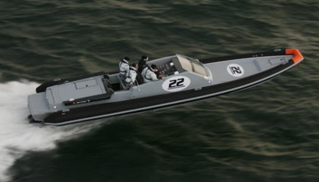 50 KNOP: Førere av båter som går over 50 knop må ha bevis fra 2022