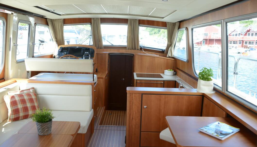 MYE PLASS: Båten har to store lugarer.