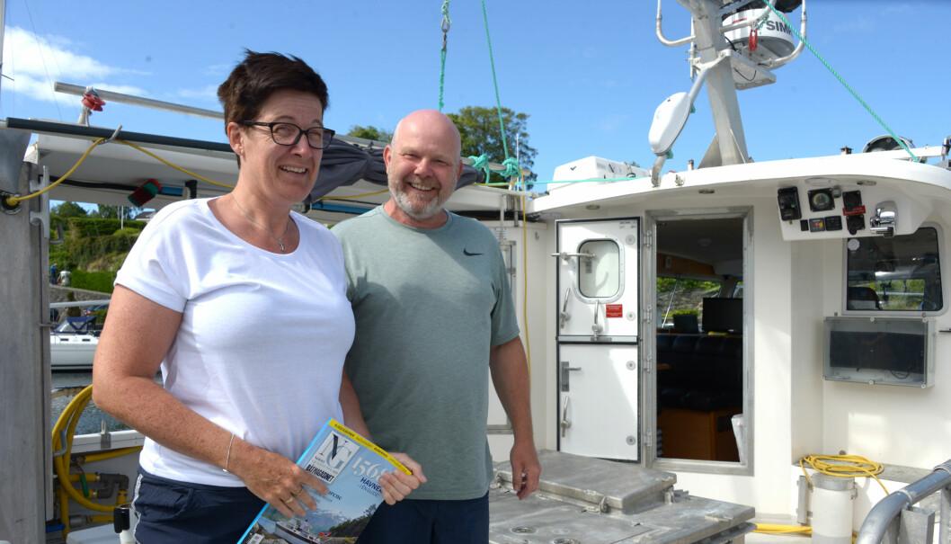 PÅ TUR: Vi traff yrkesfisker Jarl Ove Kvalsvik og konen Bodil Kopperstad.