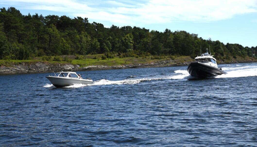 TRAVELT: Mange har det travelt på sjøen om dagen, som her i Langesund.