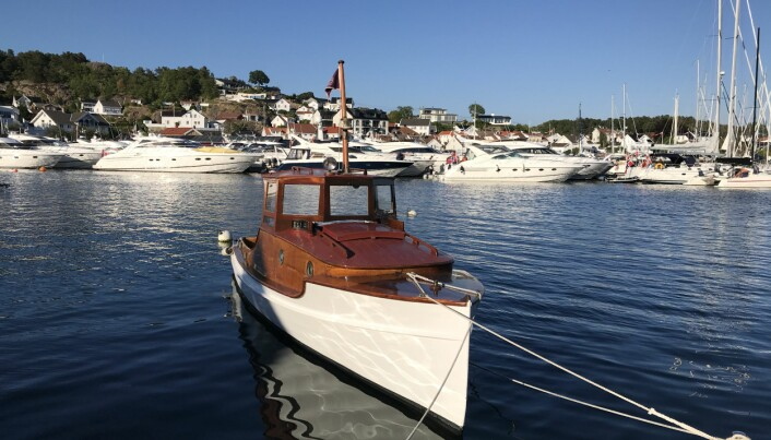 Båtkjøper til selger: – Den har selvfølgelig automatgir. Såpass kan jeg tross alt om båt