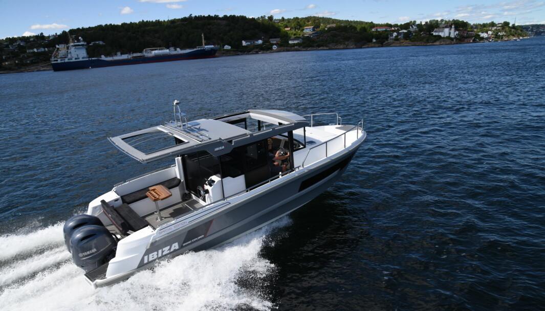 NOMINERT: Ibiza 911 kan bli kåret til Årets Motorbåt i Europa av ledende båtmagasiner