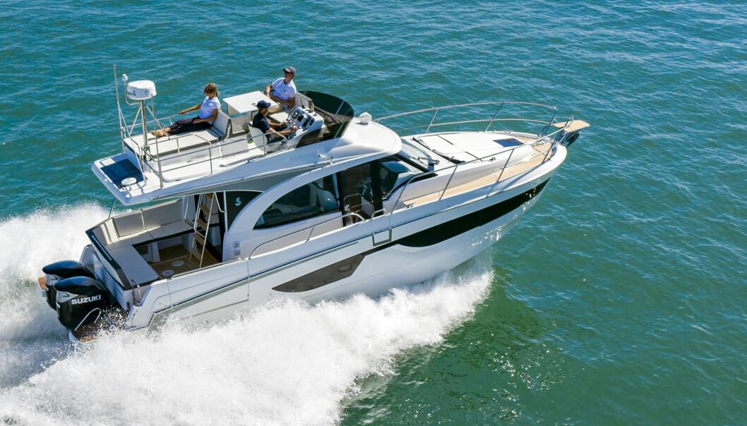 STØRRE: Selv båter som tradisjonelt har hatt innenbordsmotor leveres nå med «påhengere».