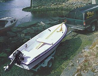 Hobby 420 Classic: Grei landstedsbåt med klassiske linjer