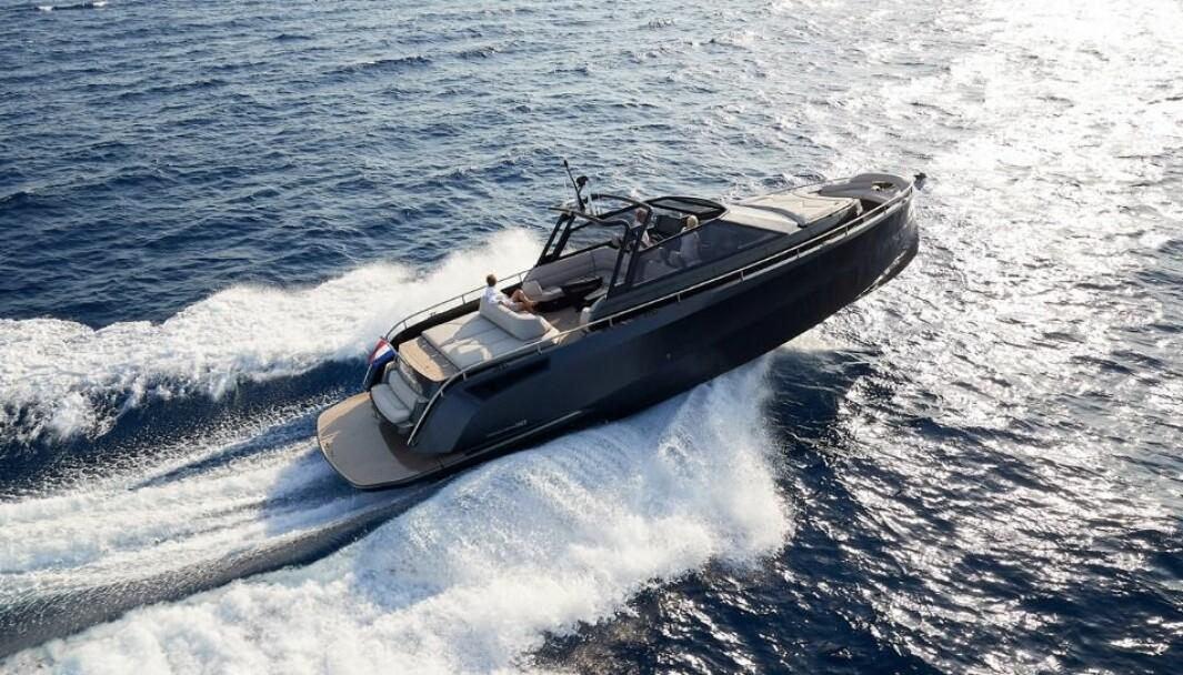 Steeler Bronson 50 er nominert til Årets Motorbåt i den største klassen