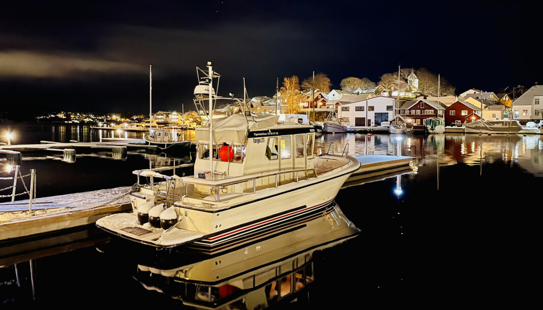 MØRKERE ÅRSTID: Båtlivet om natten kan være riktig idyllisk. Men kan du reglene? Prøv Båtmagasinets fredagsquiz.
