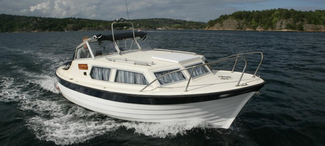 Kan selger fraskrive seg ansvar når båten er solgt som den er?