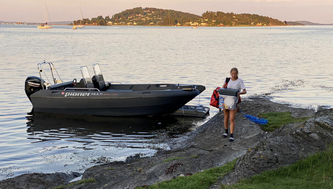 STRANDHUGG: Lemmen er svært praktisk når man skal bære ting inn og ut fra båten.