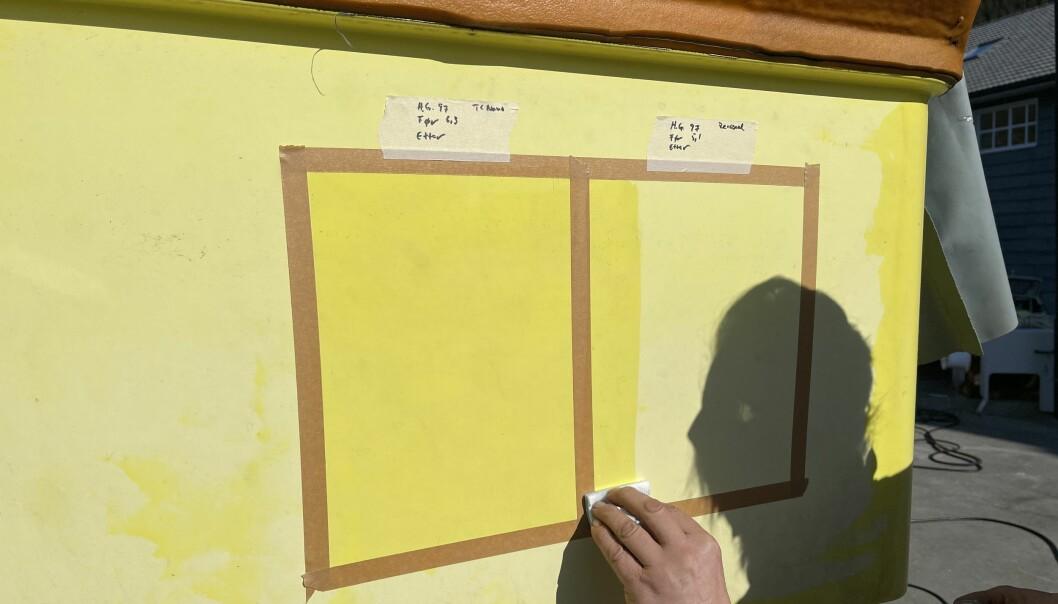 GJENOPPRETTER: De to midlene gjenoppretter umiddelbart fargen. Etter herding har overflaten fått høyglans.