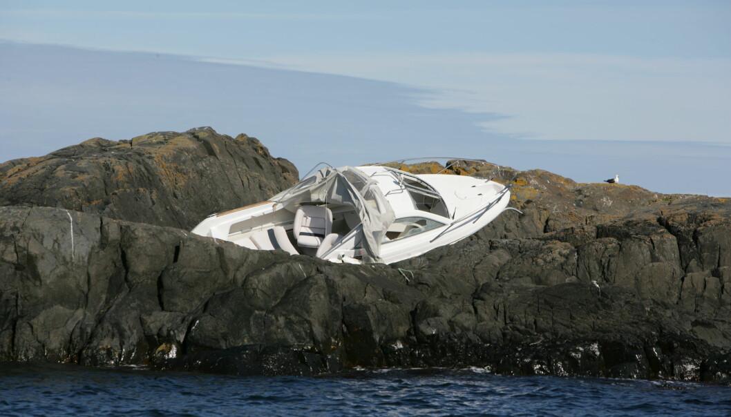 SKUMMELT: En båt kan lett få strukturelle skader etter kollisjon eller forlis. Vet du at bruktbåten du kjøper ikke er gjenoppbygget etter kondemnering?
