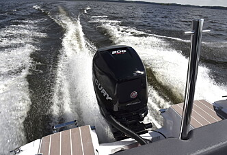 Båt med for stor motor – heving av kjøpet