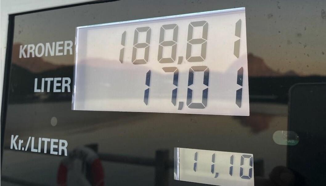 BÅTDIESEL: I dag fyller båteiere med dieselmotorer uten å betale veibruksavgift, som med bensin. Men dette kan det bli endring på med rødgrønt flertall. Foto: Jørn Finsrud.