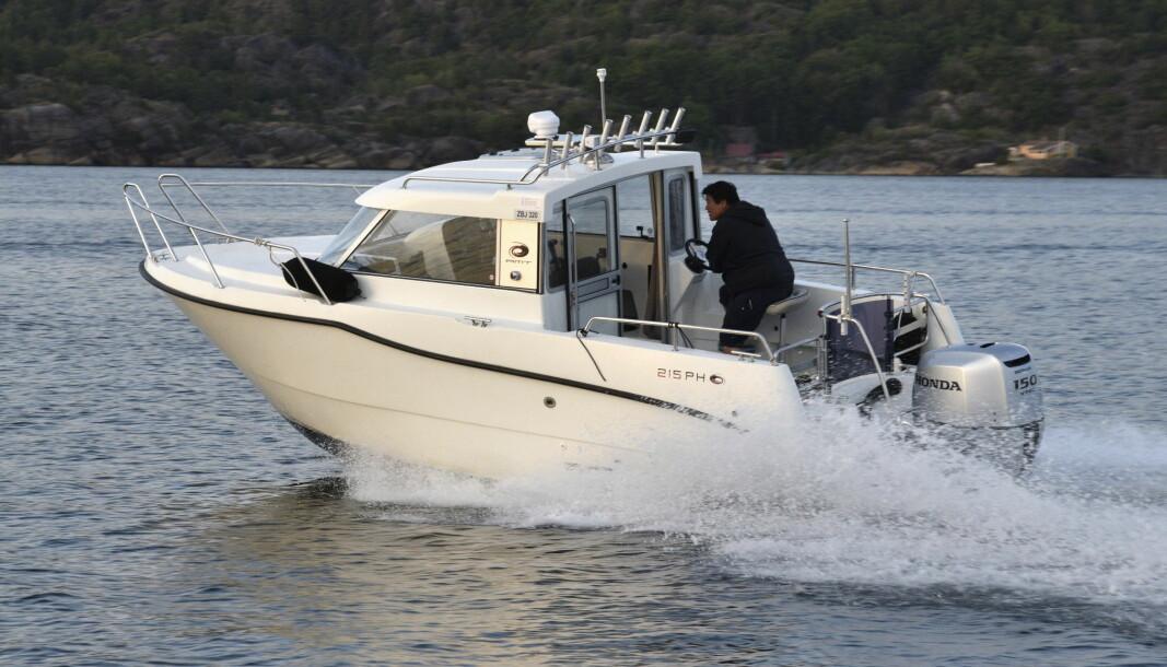 AMT 215 PH: Båtmagasinet har gjort bruktbåttest av styrehusbåten som ble lansert 2013.