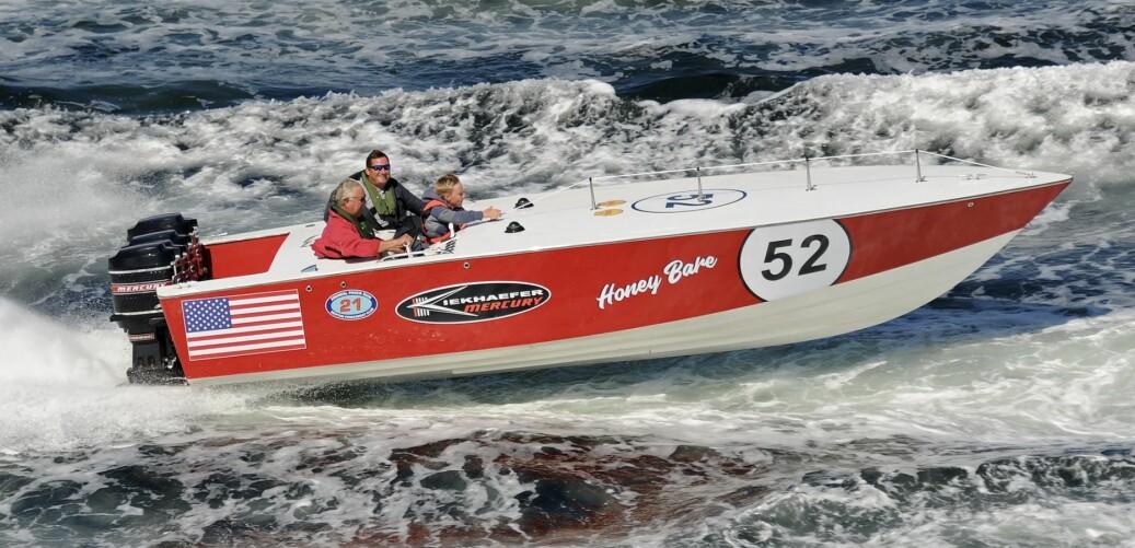MR.MERCURT: Dag Rudstrøm har lidenskap for raske båter og Mercury-motorer.